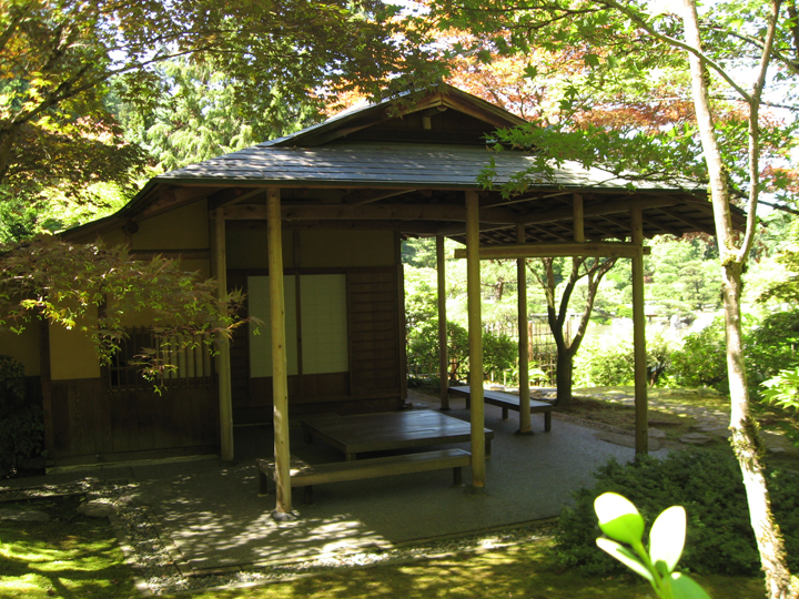 Shoseian teahouse at the seattle japanese garden for Japanese house garden