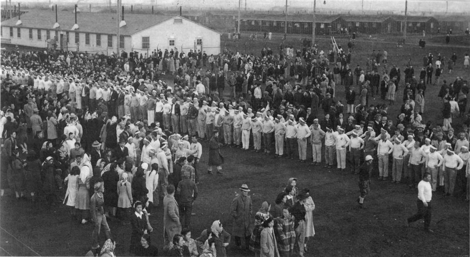 a history of japanese canadians in relocation camp