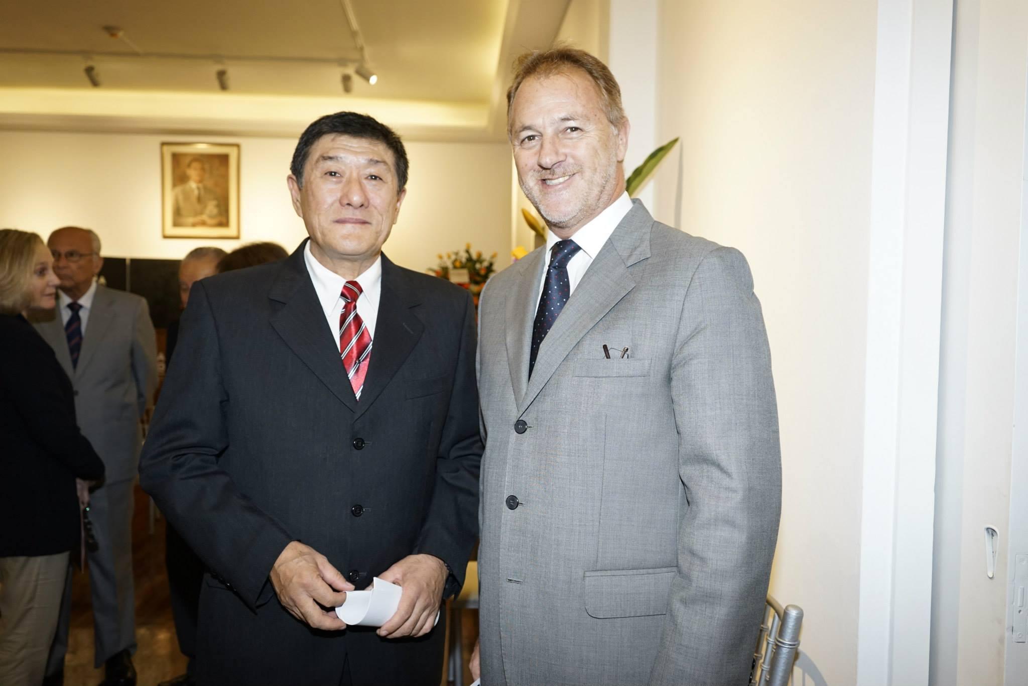 Mario&MayorWellsMuseoAmano.jpg