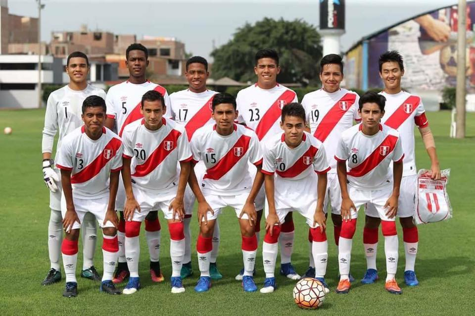 5e4193775 Peru's national under-15 team with Anthony Aoki, captain, and Mauricio  Matzuda Gusukuda. Credit: Peruvian Soccer Federation.